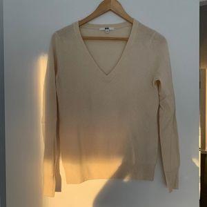 Uniqlo Cashmere Cream Sweater